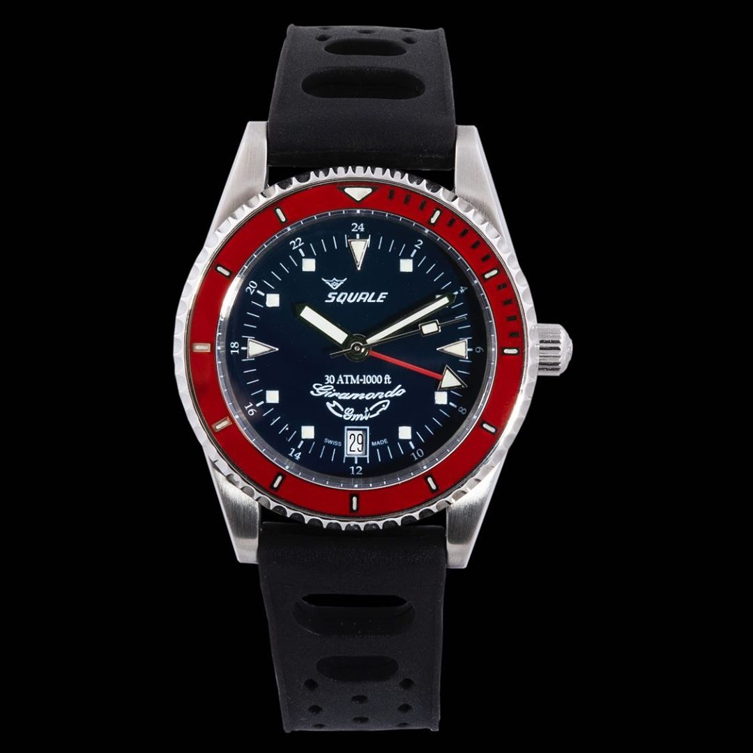 Squale Giramondo GMT 30 atmos dive watch with rubber strap